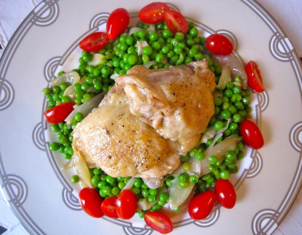 Chicken w/ White Wine, Peas & Shallots