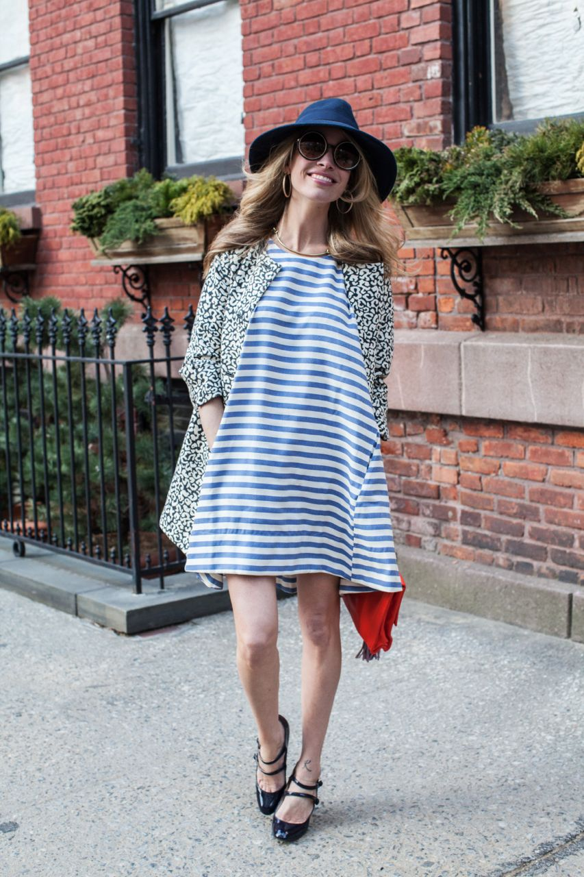 what to wear to keep your pregnancy a secret