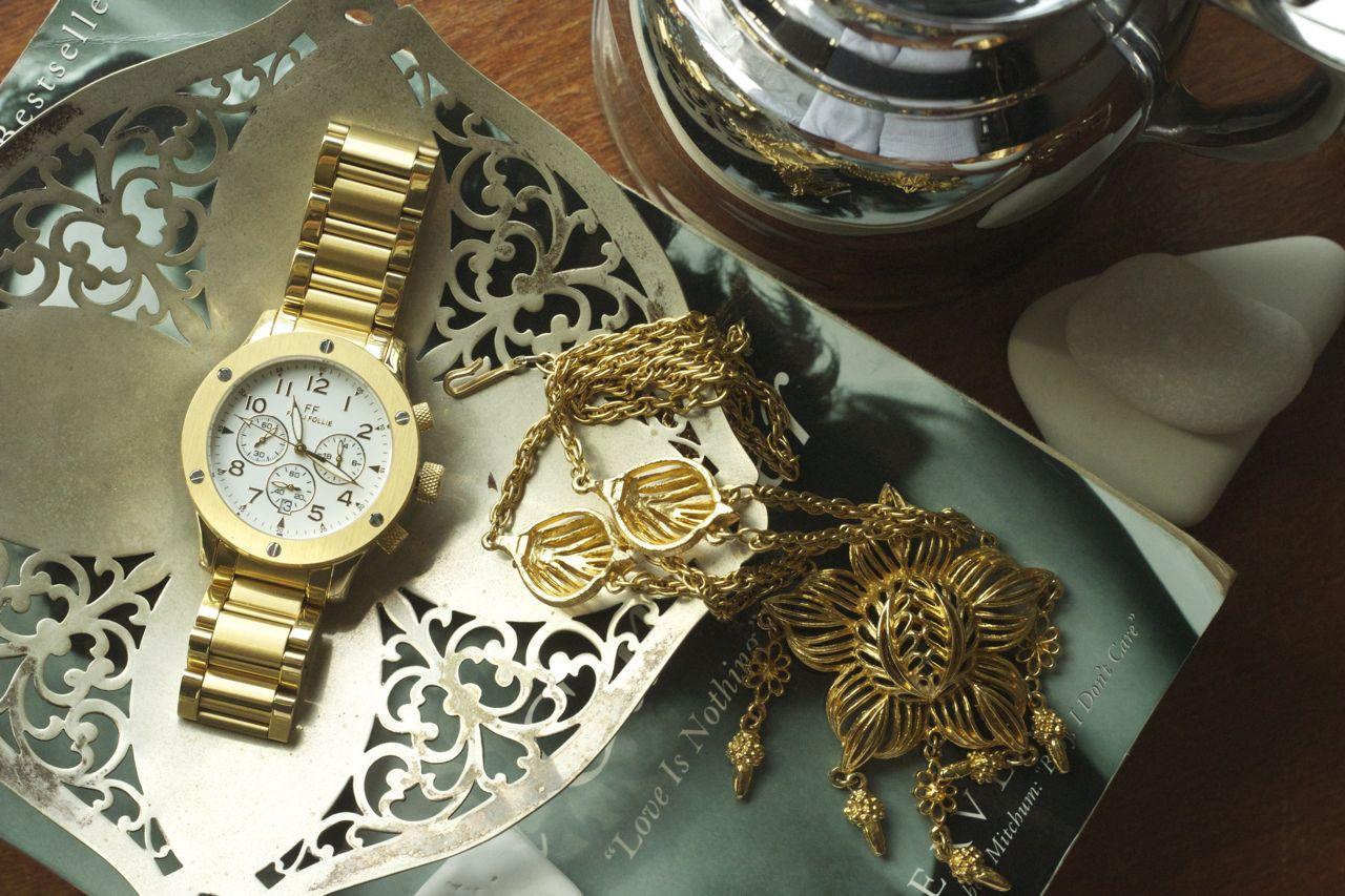 folli follie gold watch
