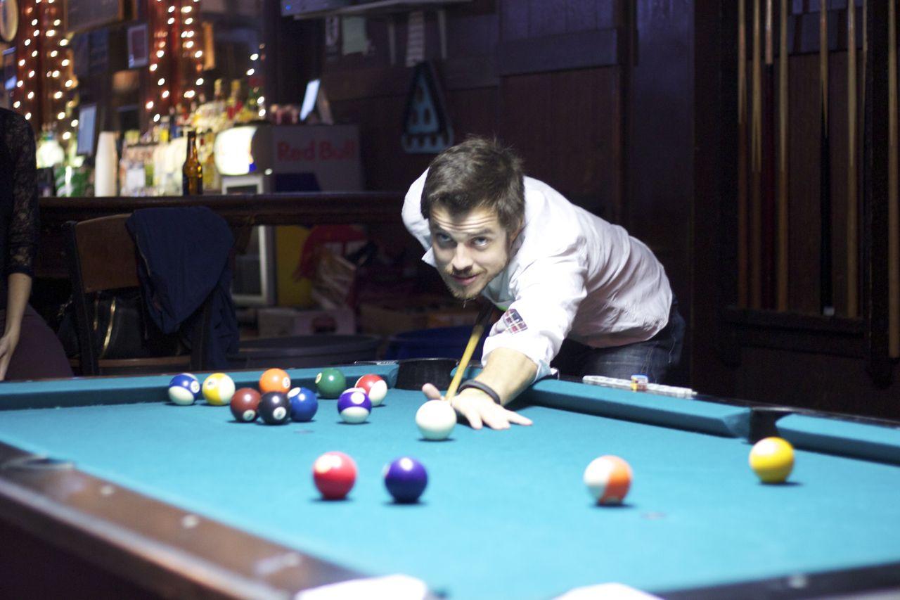 kendrick playing pool