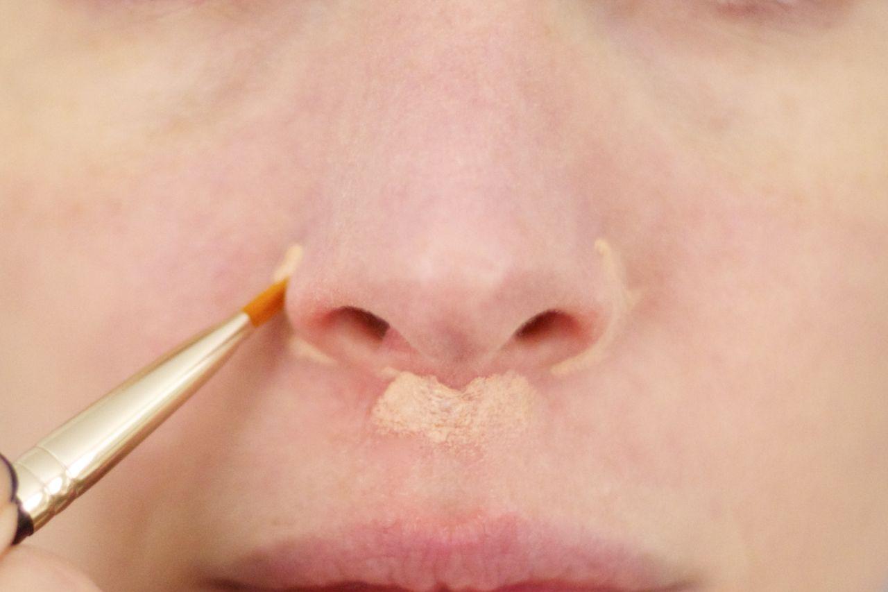 concealer on nose