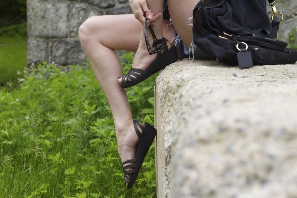 crocs huarache sandal