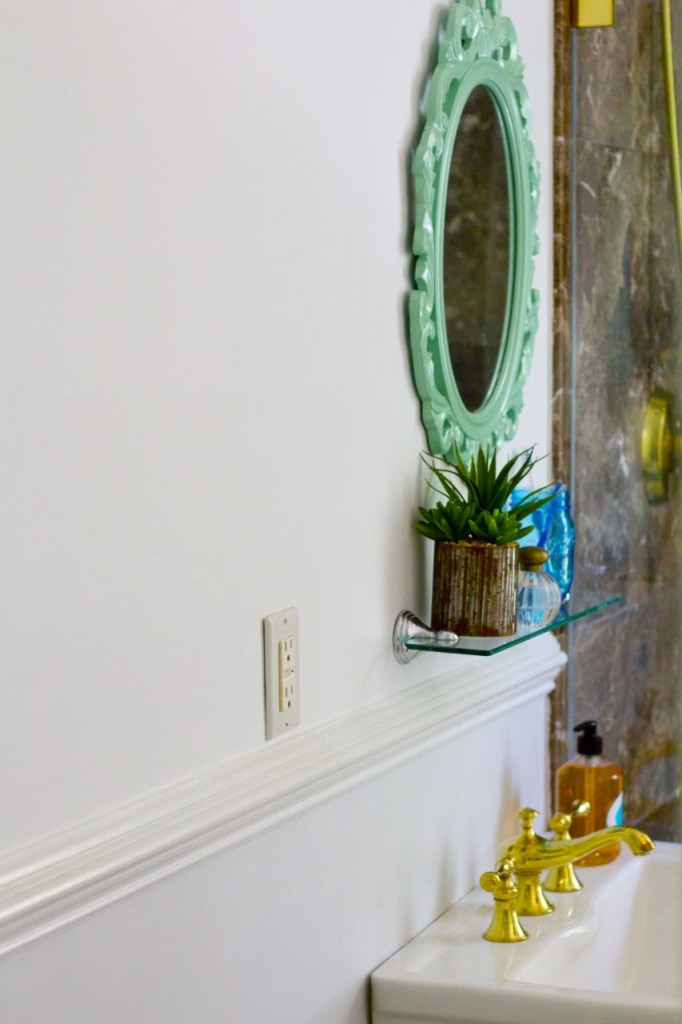 Mini Bathroom Makeover Five Small Changes That Make A Big - Mini bathroom makeover
