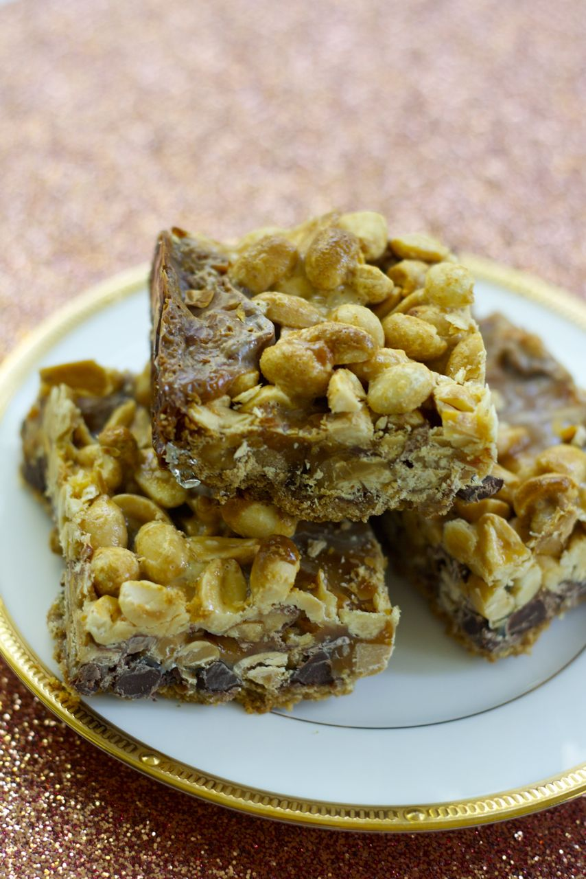 snickers magic bars