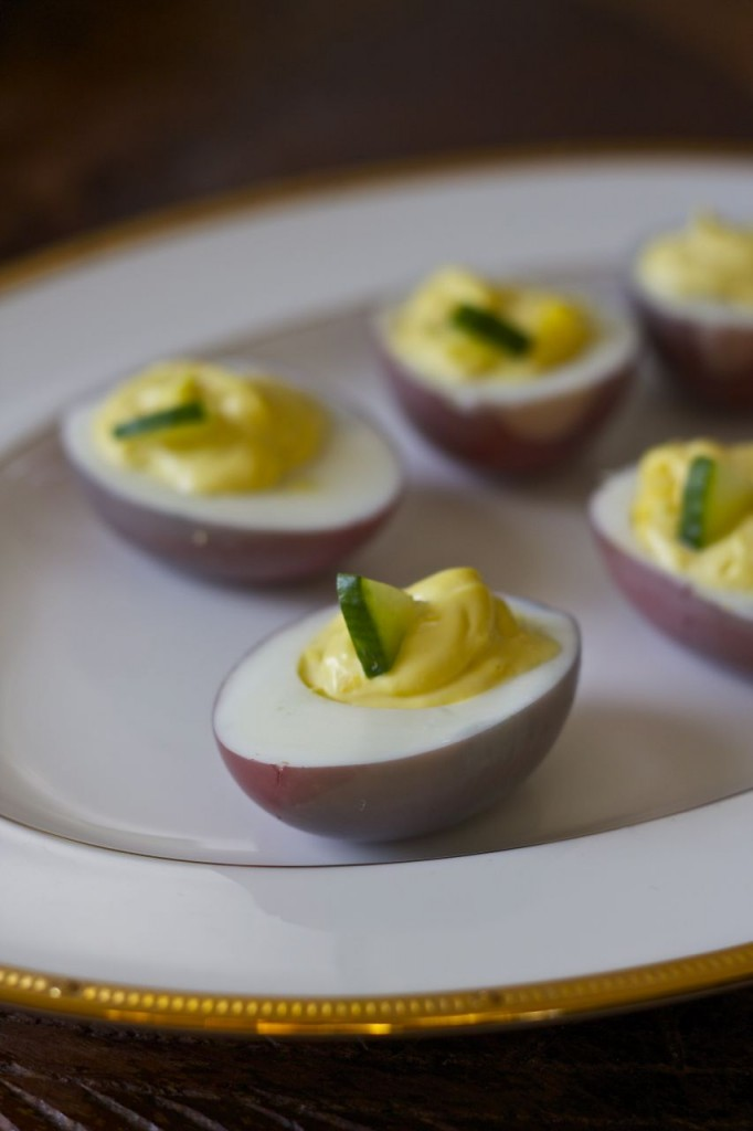 deviled egg red wine