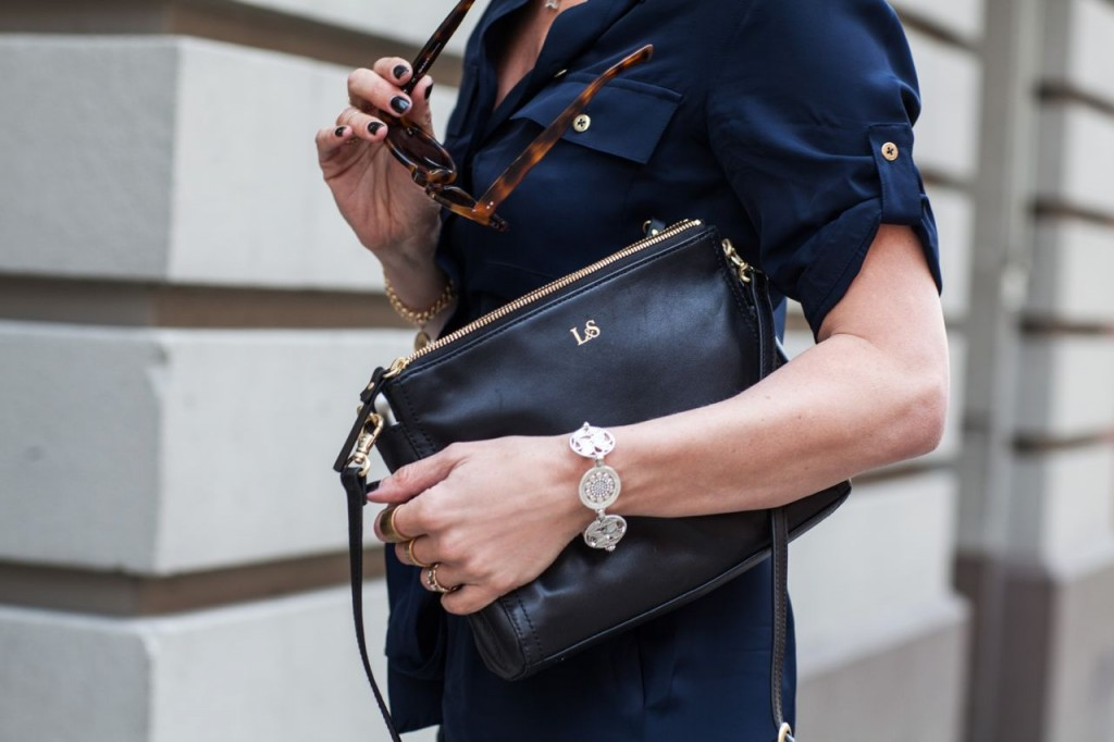 lo and sons pearl purse