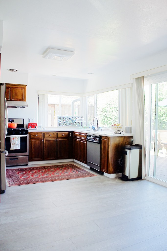 vintage beautiful woven rug kitchen