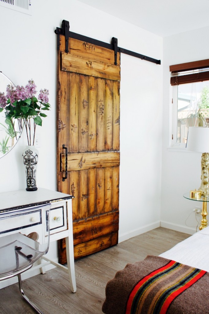 rustica hardware door