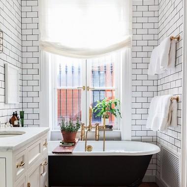 white bathroom gold fixtures
