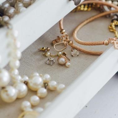 pearls in vanity