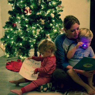 Reading The Night Before Christmas to kids on Christmas Eve
