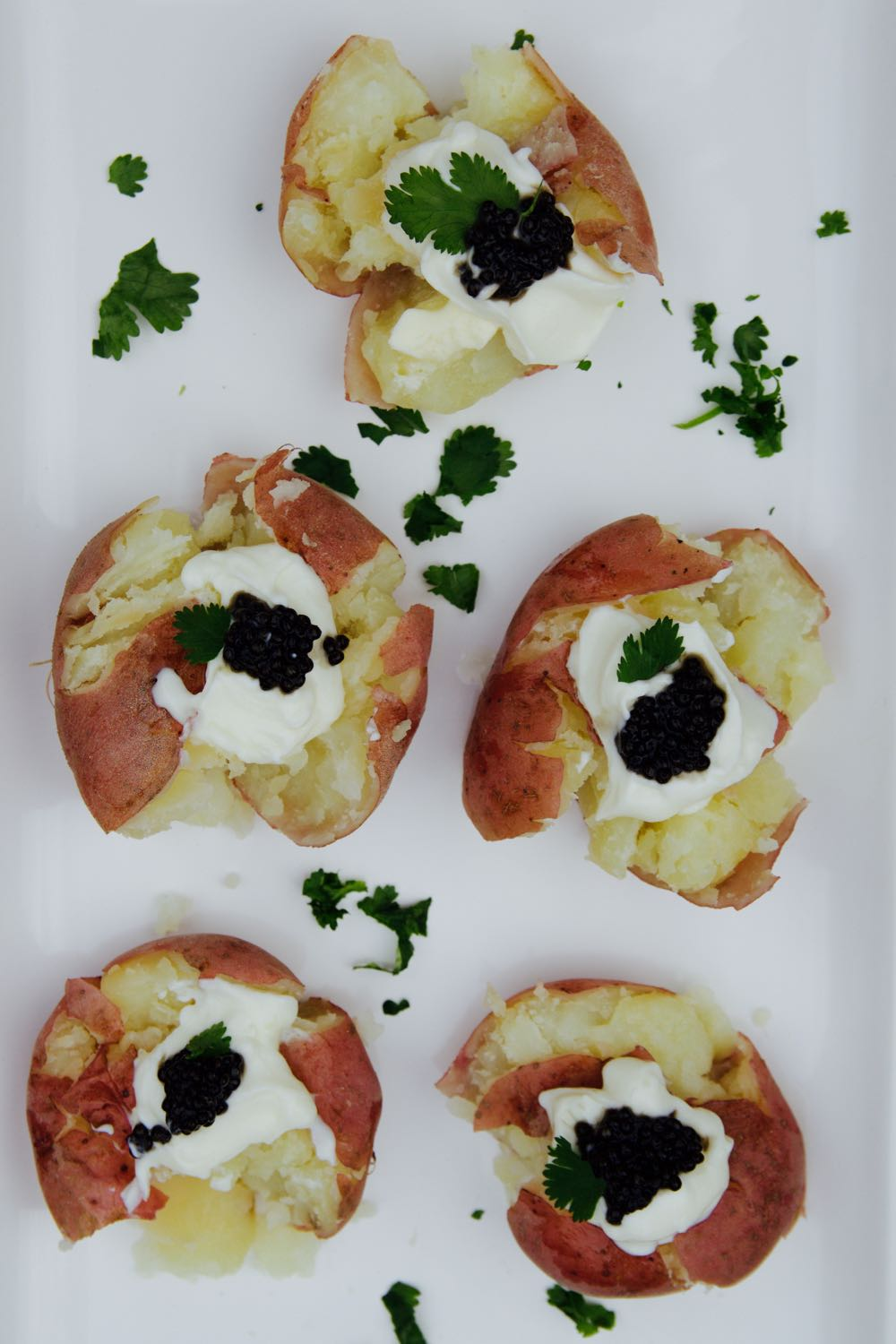 how to make easy smashed potatoes with caviar and sour cream