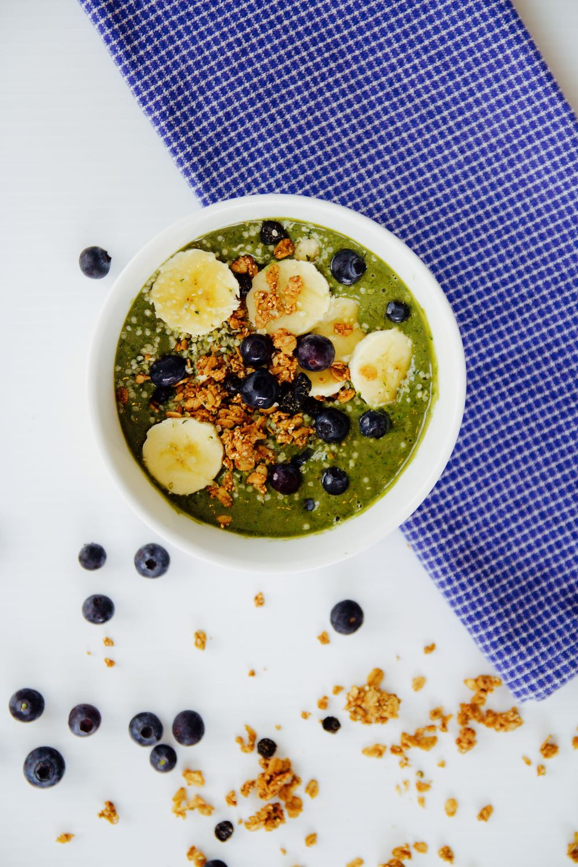 Acai bowl with spinach, kale, avocado and banana