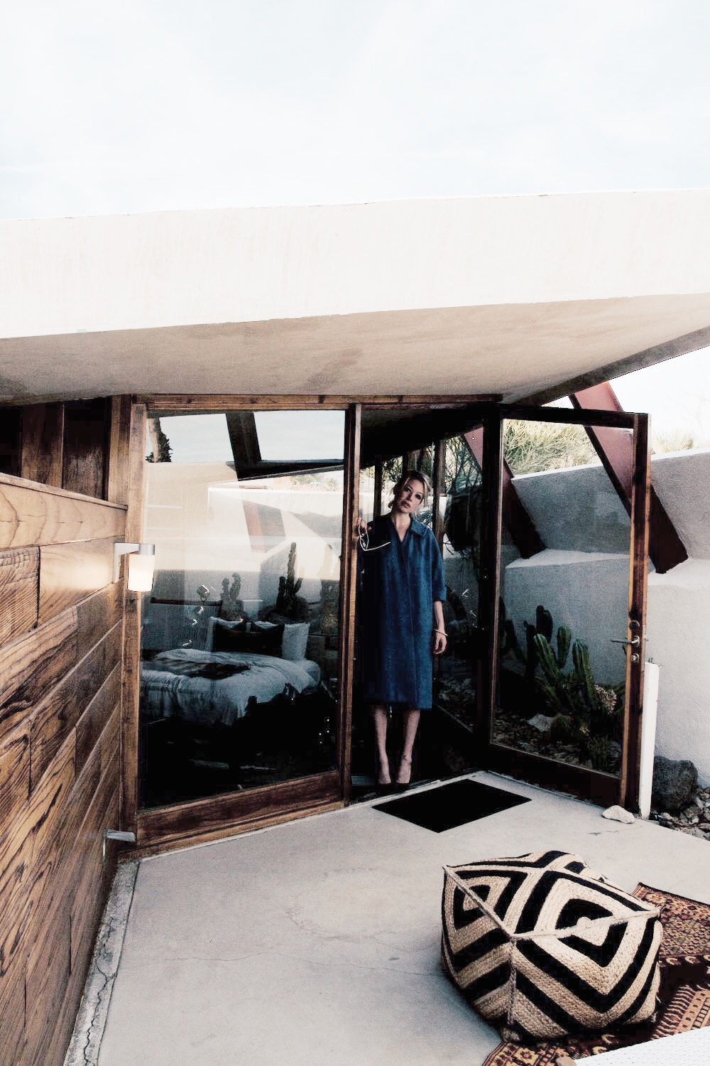 Midcentury modern architecture in Desert Palm Springs, California