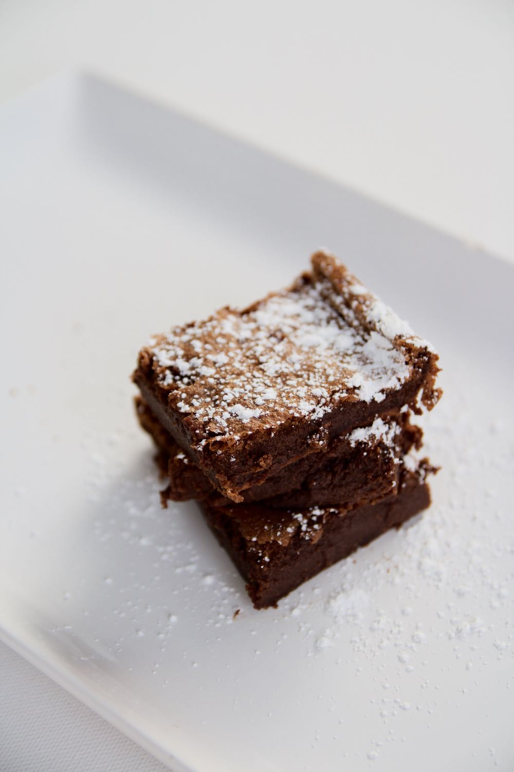 Easy Nutella brownies made with two ingredients