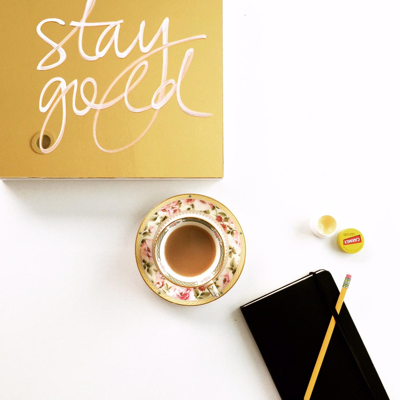Laura Ricciardi's stay gold painting from xolaura.com