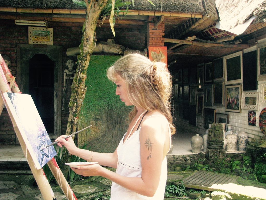 Painting class in Bali