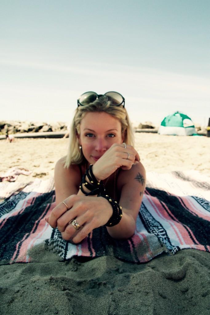 Jordan Reid in Victoria Emerson jewelry