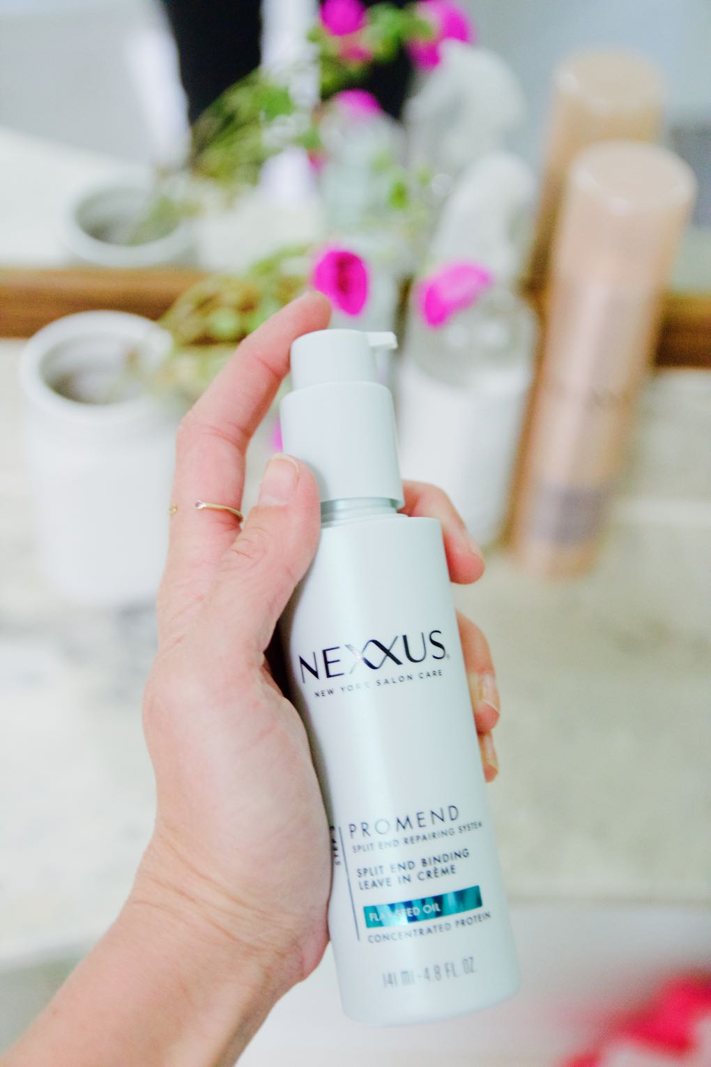 Nexxus anti-frizz styling cream