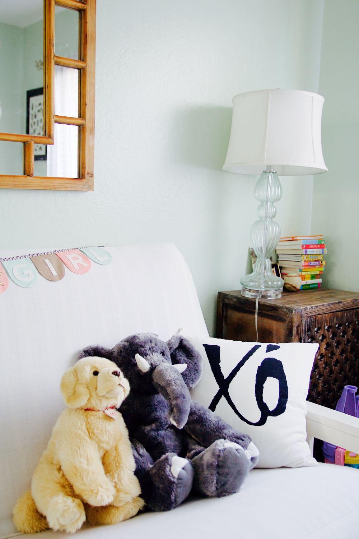 XO pillow and stuffed animals