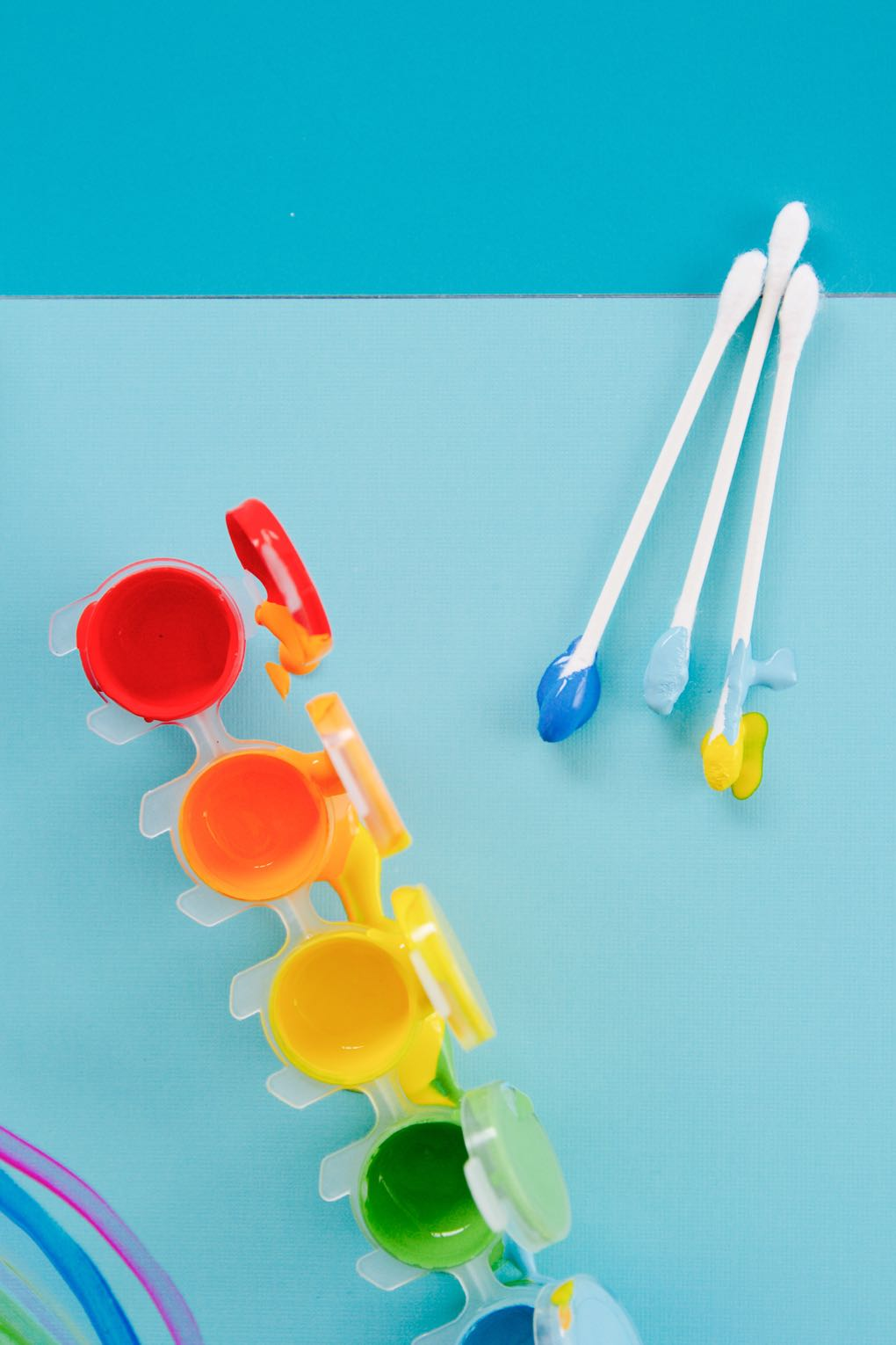 simple craft using q tips and paint for toddlers and kids