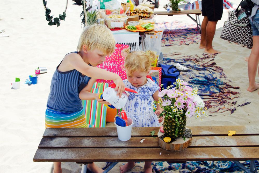 how to throw a birthday party at the beach