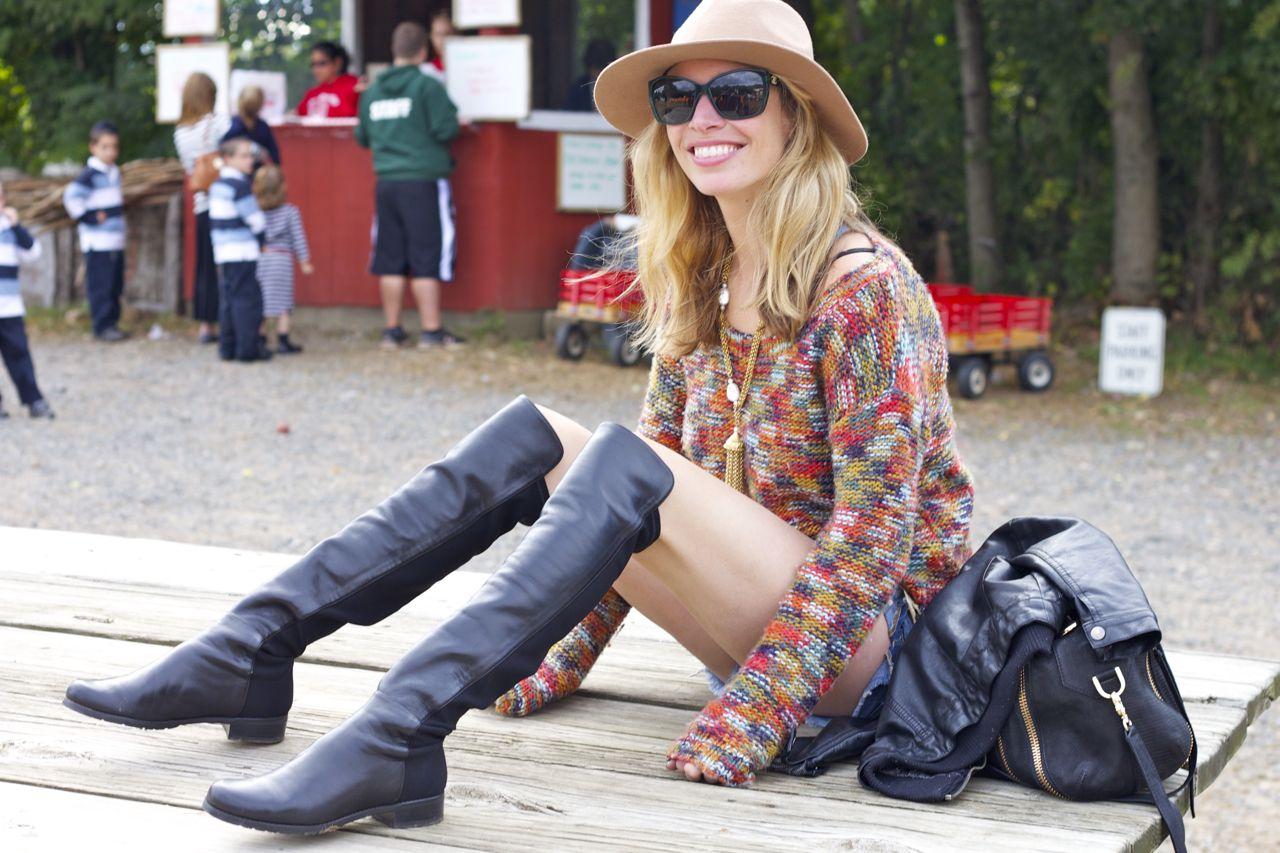jordan reid in stuart weitzman 5050 boots in black nappa