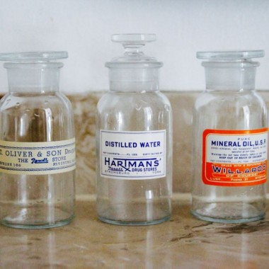 how to use vintage glass apothecary jars in home decor