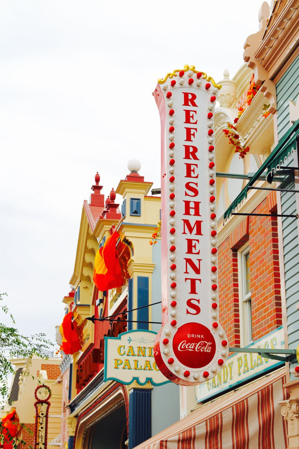 bright and colorful shot of main street in disneyland
