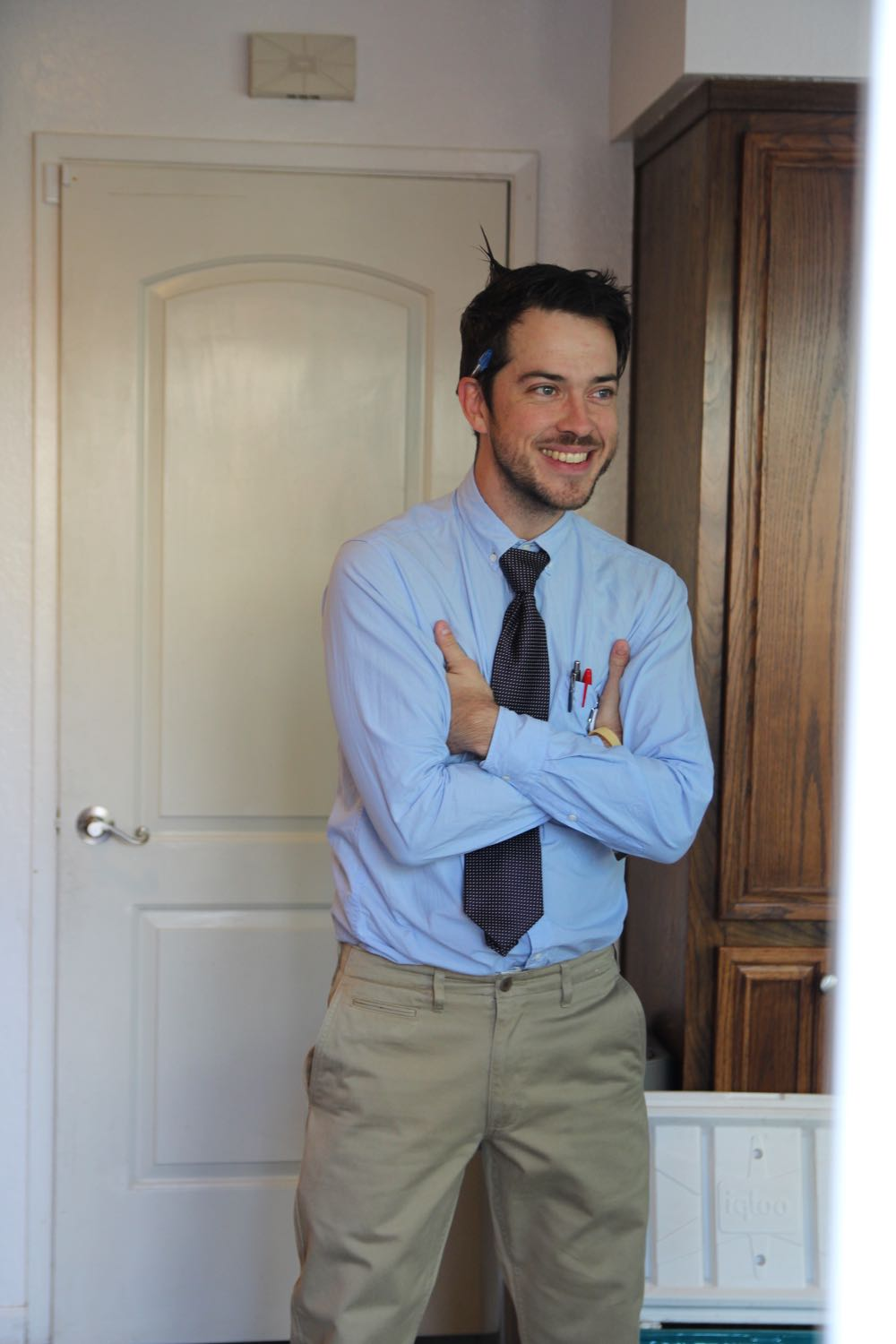 Easy costume idea for men: Dress up as The Man