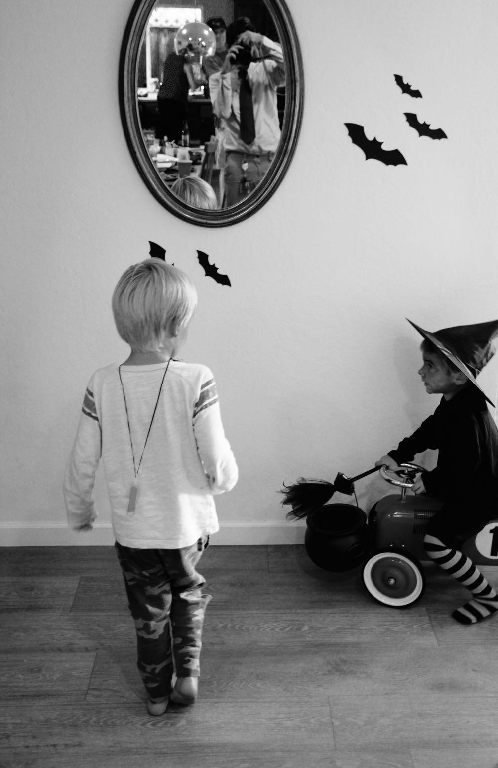 Easy and inexpensive Halloween decor ideas