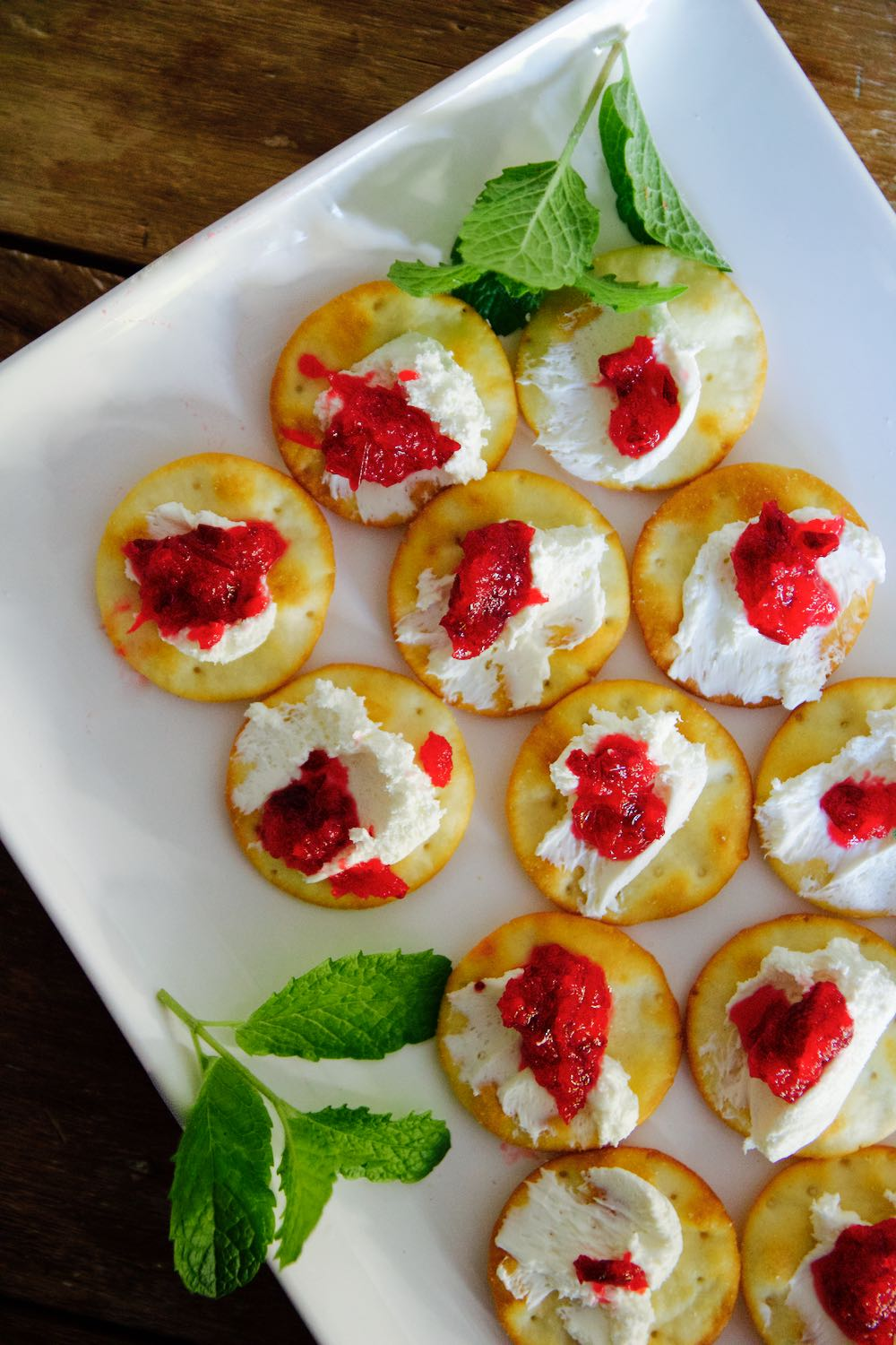 orange cranberry crackers with cream cheese