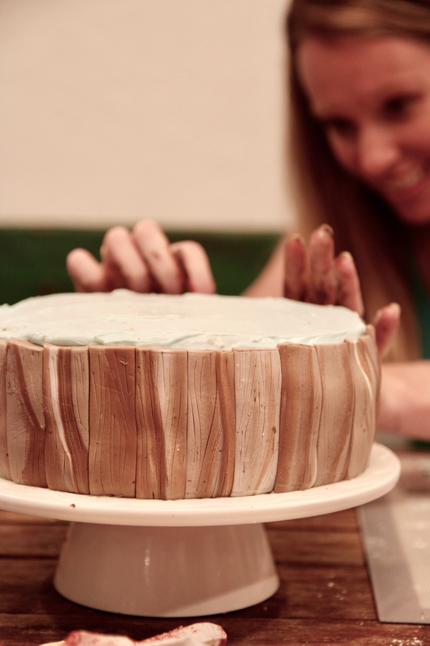 how to make realistic wood or driftwood out of fondant