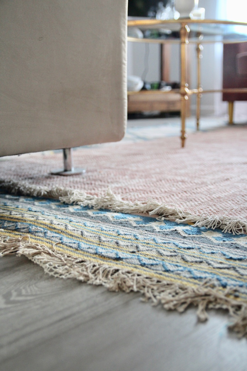 boho layered rugs in the living room