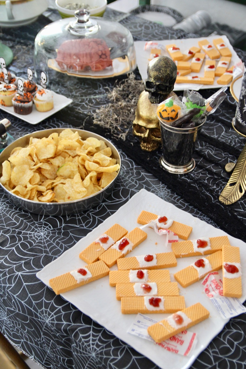 easy halloween party decor ideas for kids