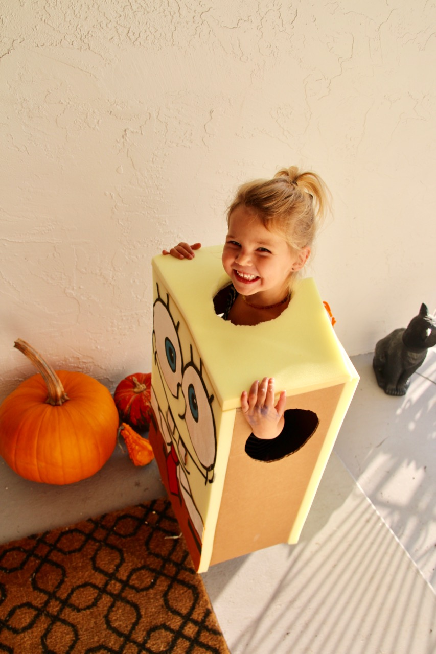 how to make a diy spongebob squarepants halloween costume