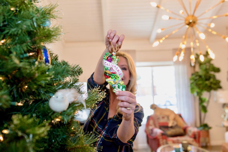 California Christmas ornament retro oversized