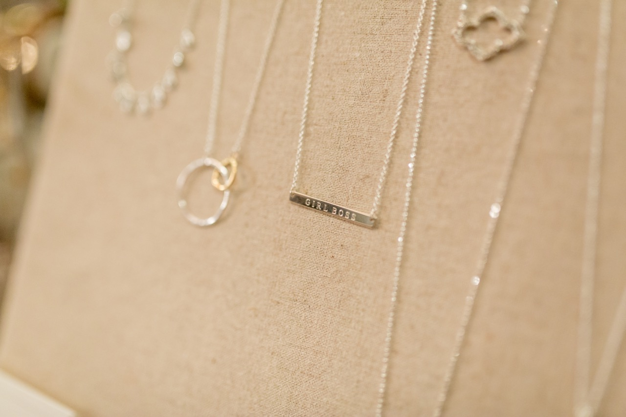 how to host a stella and dot trunk show party