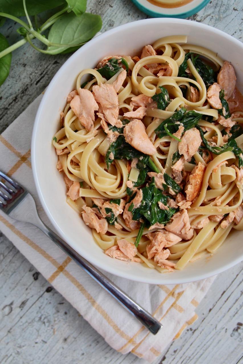 salmon spinach and tomato pasta recipe