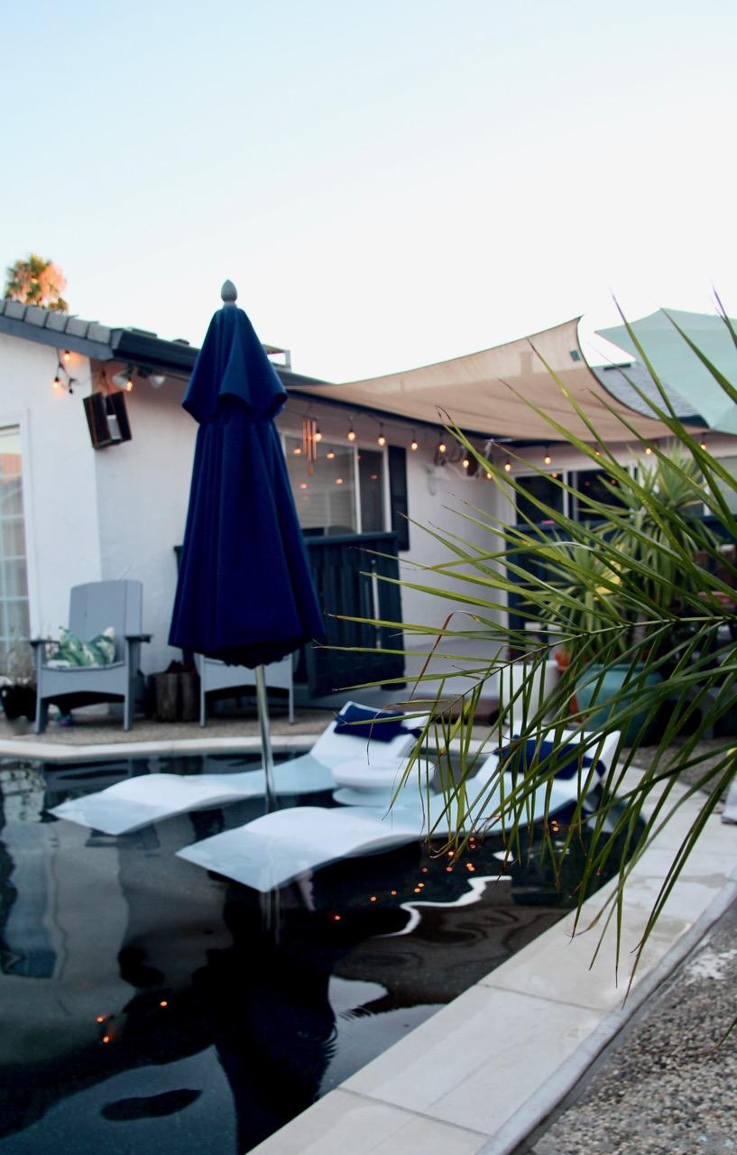 ledge lounger seating for baja shelf pool