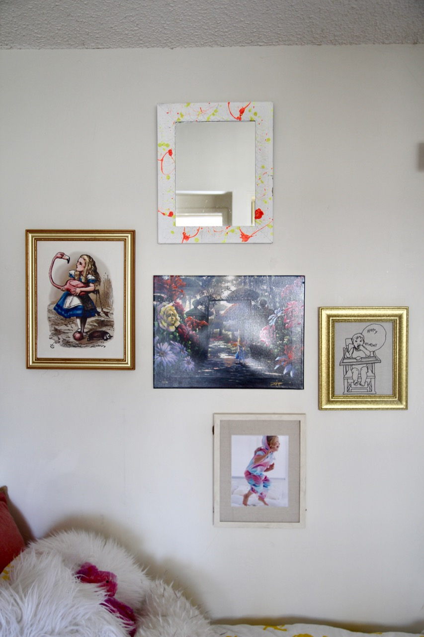 gallery wall for kids room