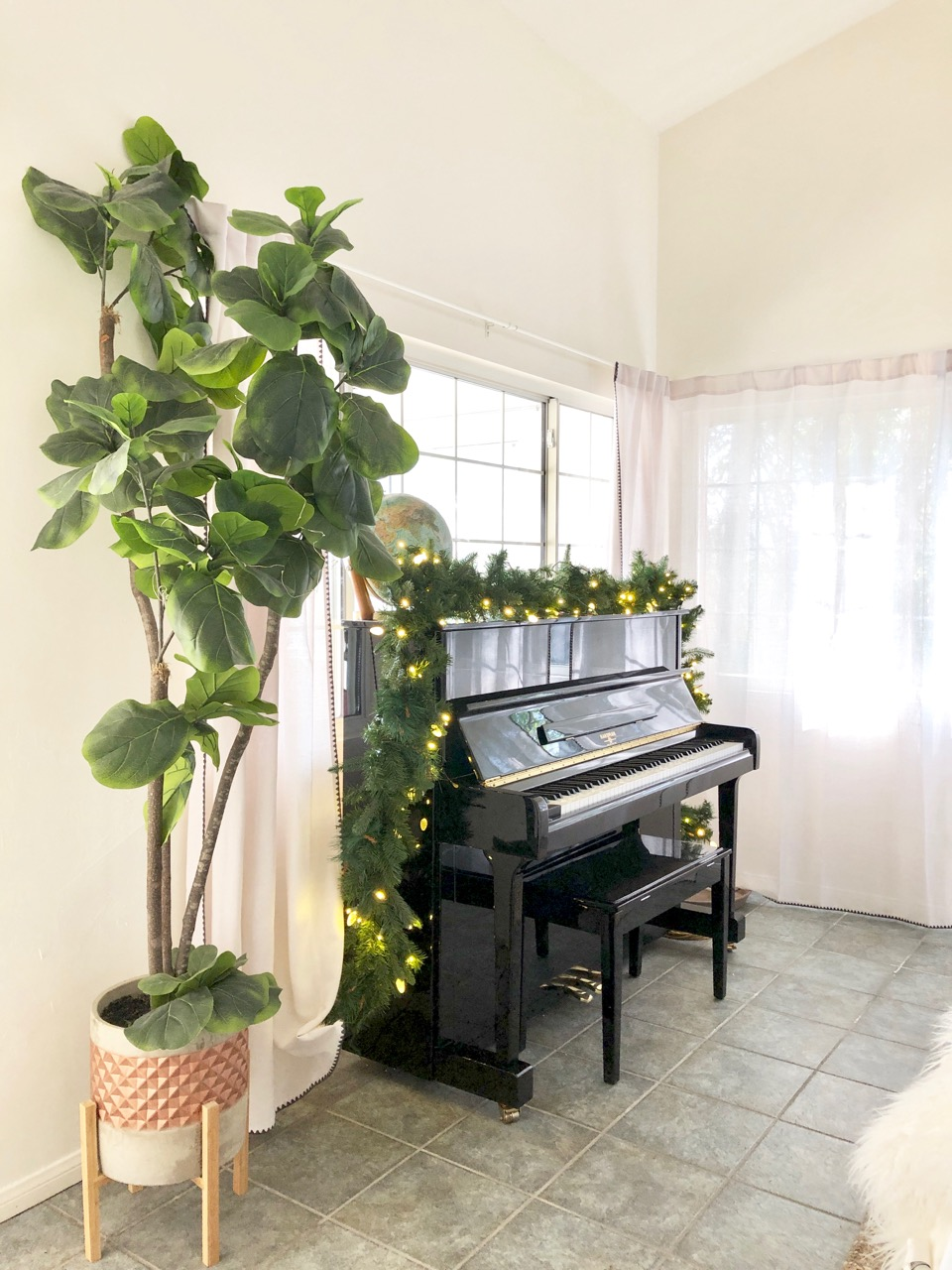Christmas piano decor