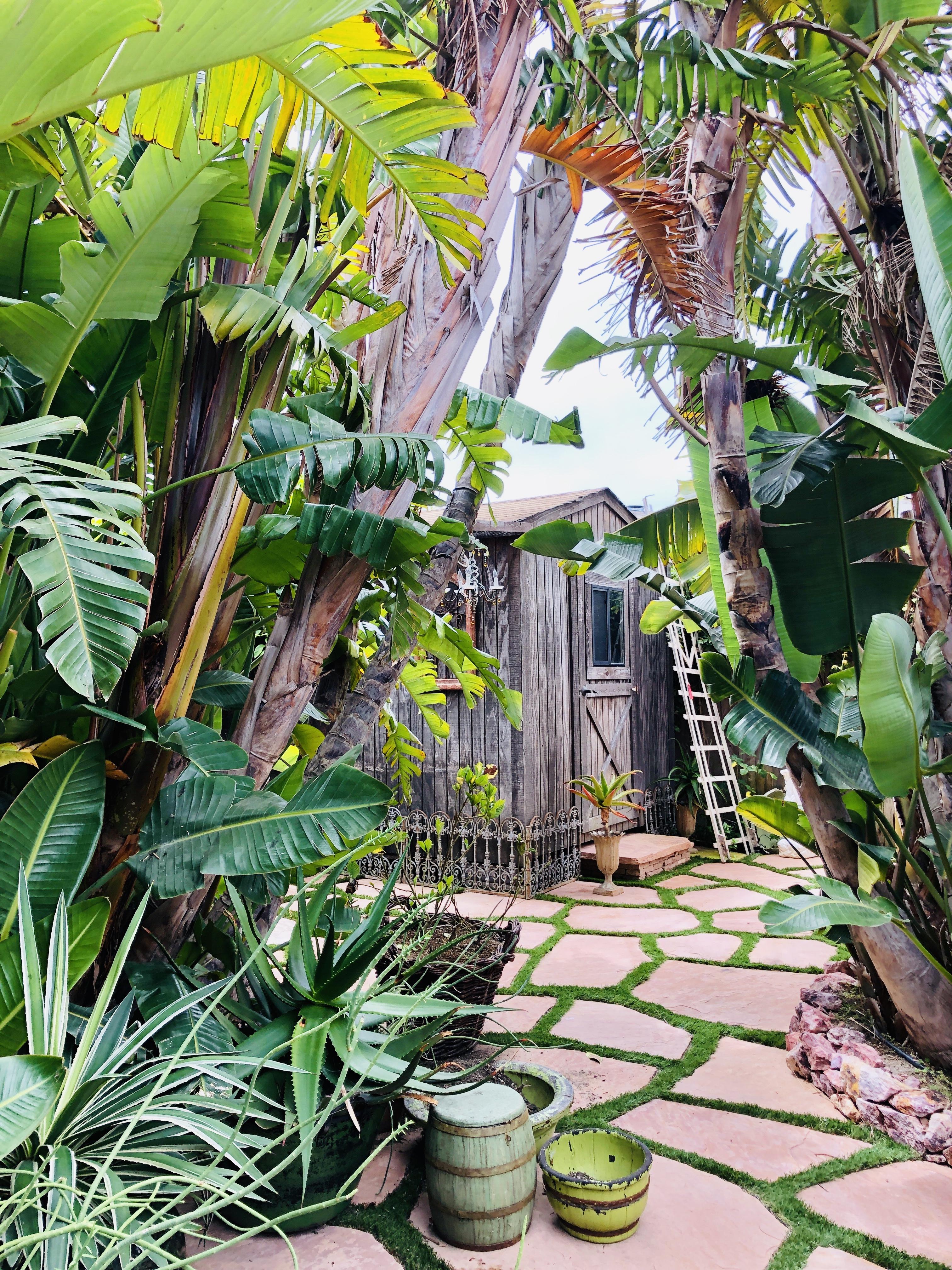 betsey Johnson paradise cove mobile home malibu