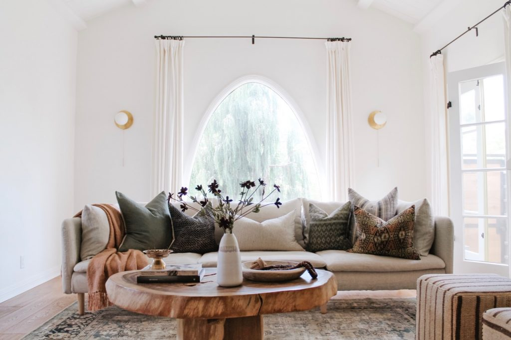 how to hang curtains around an arched window