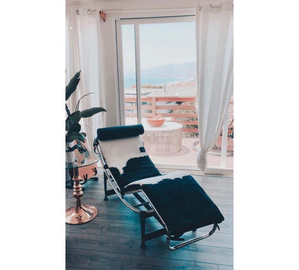 le corbousier replica lounge chair